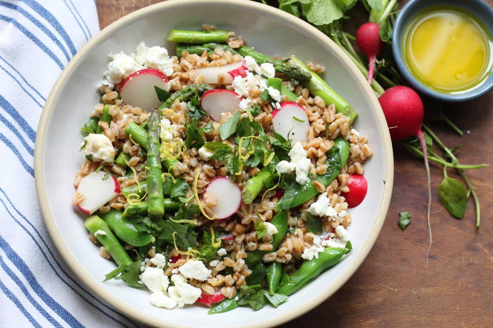 Salads, Whole Grains, Farro, Spring, Bowls, Mediterranean, Mediterranean diet