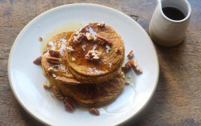 Gluten-Free Pumpkin Spice Oatmeal Pancakes